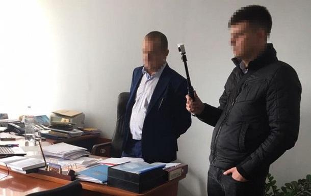 СБУ: Чиновники Укрзалізниці брали хабарі по $100 за вагон