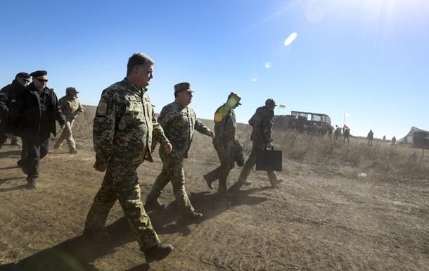 Порошенко відвідав позиції ЗСУ на Донбасі