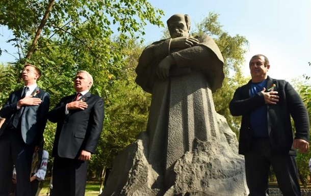 У Вірменії відкрили перший пам ятник Шевченку