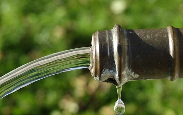 Неменее  100 тыс.  людей отравились питьевой водой вИраке