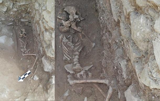 В Італії знайшли останки  дитини-вампіра