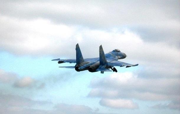 В Україні заявили про перевагу Су-27 над F-15