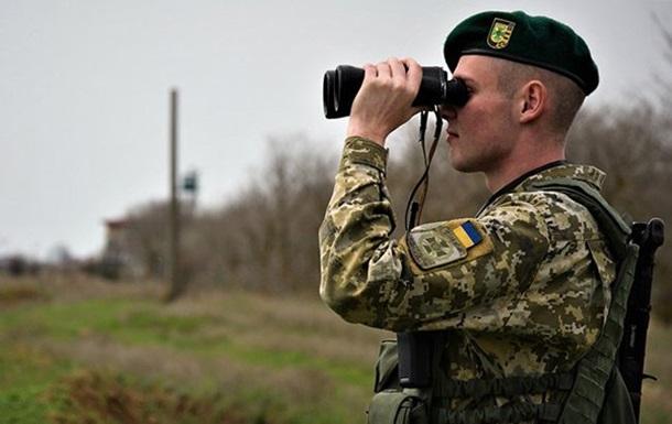 Украинские пограничники усилили охрану границы с Крымом