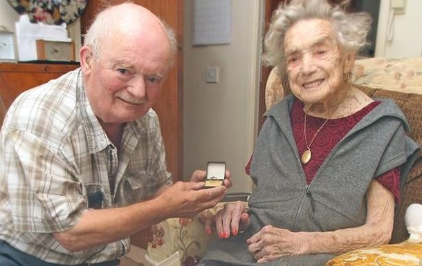 Британка вийшла заміж в 100 років