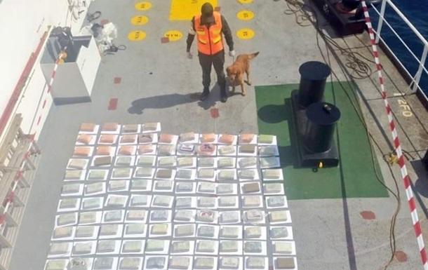 ВВенесуэле насудне, перевозившим 147 килограммов кокаина, задержали украинца