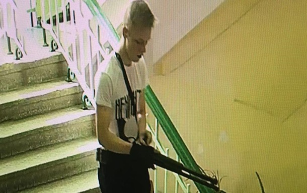 Опубликовано видео нападения в Керчи