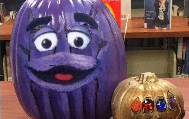 Хелловін: у Мережі стартував флешмоб з гарбузами