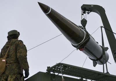 Американский кульбит: что стоит за выходом из ракетного договора