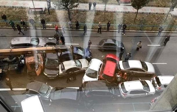 ДТП із краном у Києві: поліція порушила справу