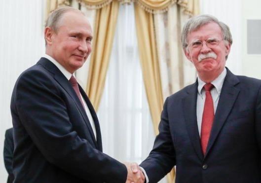 Зачем Болтон в Москву приезжал
