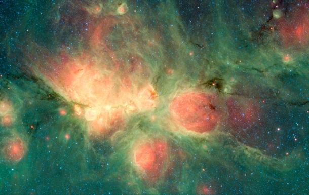 NASA показало зрелищное фото  космических пузырей