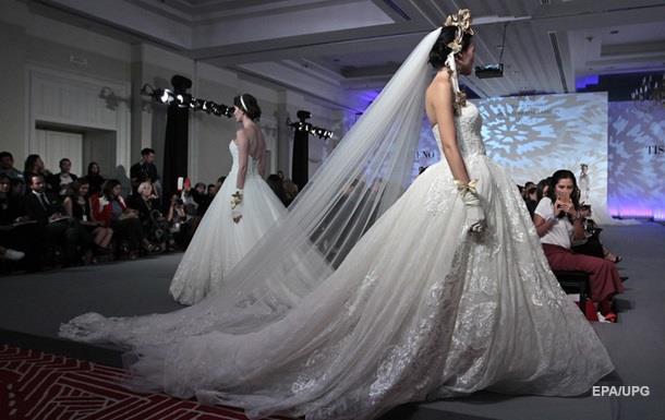 Невеста платит 15 тысяч фунтов за платье из волос умершей матери