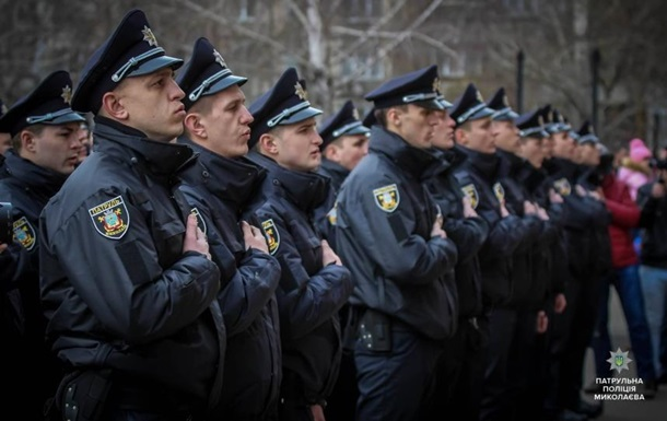 В Николаеве три полицейских пытали мужчину