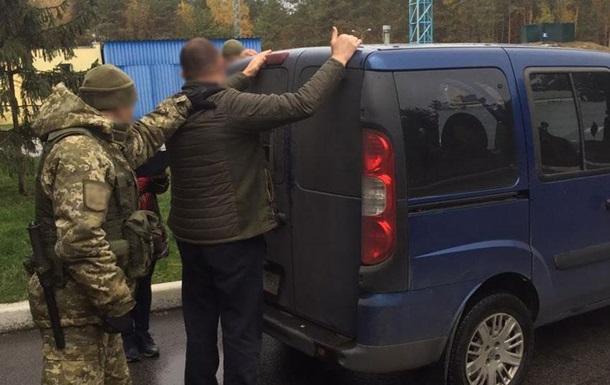 У Чернігівській області на кордоні затримали работорговців