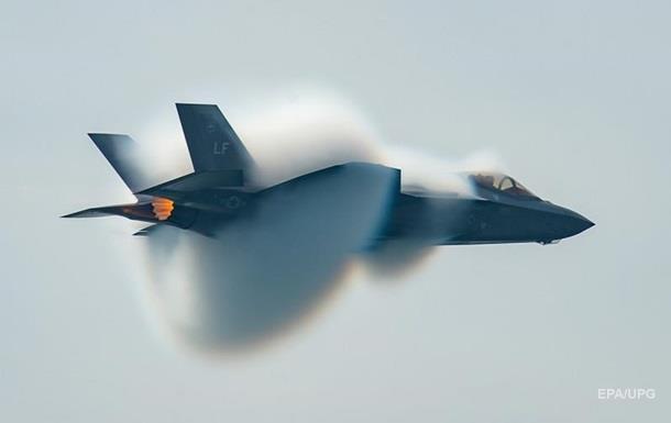 США знову призупинили польоти винищувачів F-35 через несправність