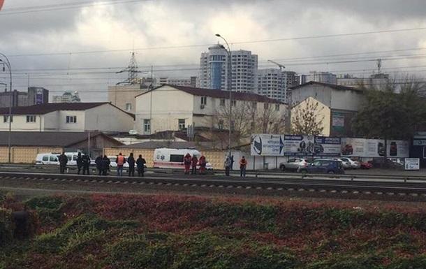 В Киеве поезд сбил насмерть человека