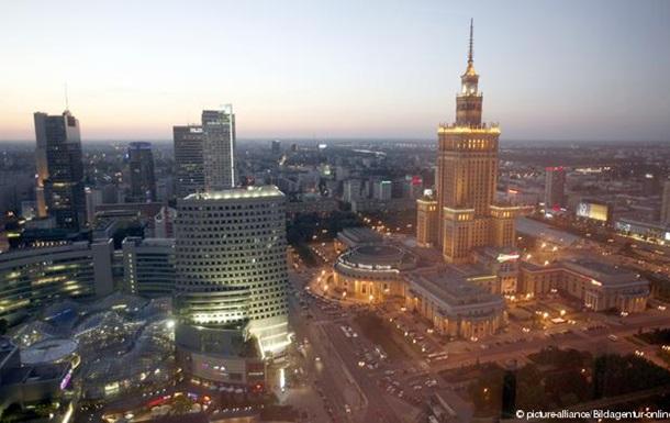 Тенденція п яти років: Українці їдуть працювати до Польщі