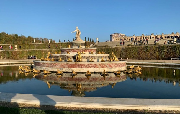Великолепный Версаль и вечные лозунги