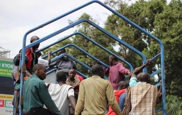 В Эфиопии 18 человек погибли в ДТП с военным грузовиком