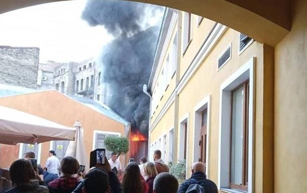 У посольства Нидерландов в Киеве произошел пожар