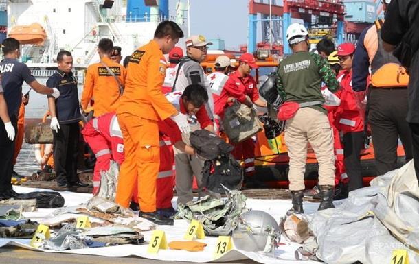 Крах Boeing зі 189 людьми в Індонезії. Головне