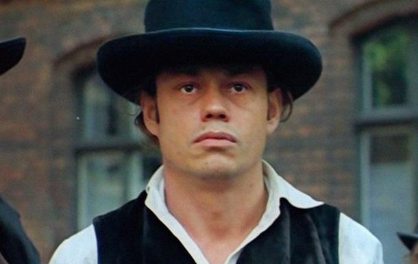 В России похоронили актера Николая Караченцова