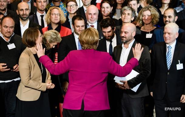 Кінець епохи. Меркель піде, але не зараз
