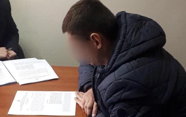 На робочому місці в одного з голів поліції Києва знайшли $100 тисяч