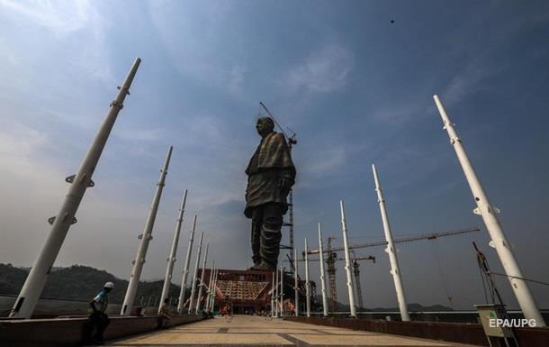 ВИндии открыли наибольшую  статую вмире