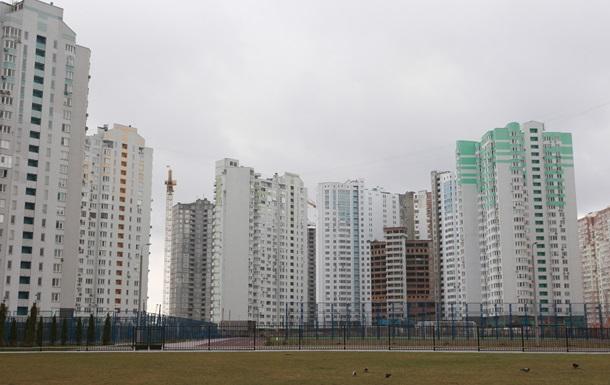 Жителям київських будинків повернули електрику
