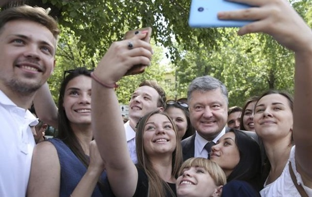 Украинцы ставят оценку правлению Петра Порошенко. Видеосоцопросы в Украине