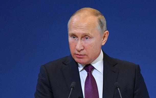 Путін вирішив полегшити повернення до РФ етнічних росіян