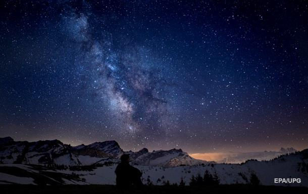 Млечный Путь  воровал  звезды у других галактик