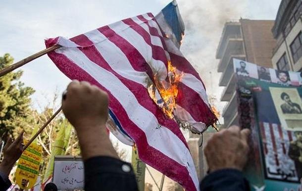 В Иране проходят массовые антиамериканские демонстрации