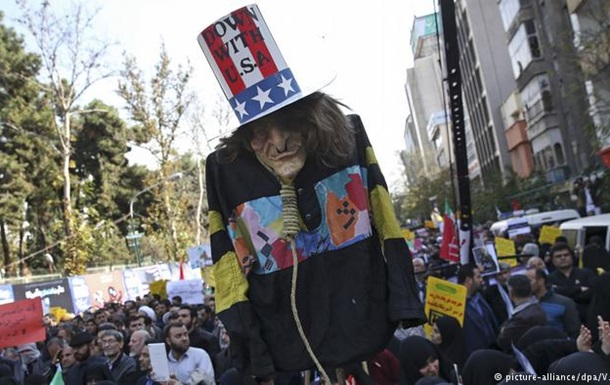 В Ірані відбуваються масові протести через американські санкції