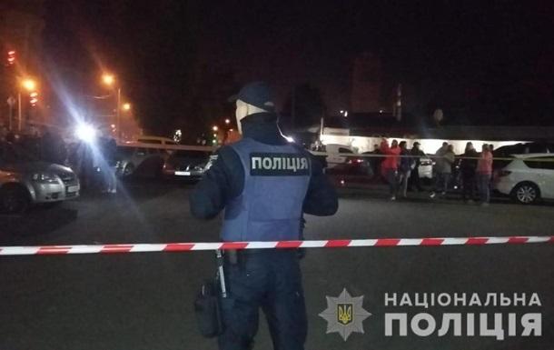 У Києві затримали чоловіка, який хвалився зброєю