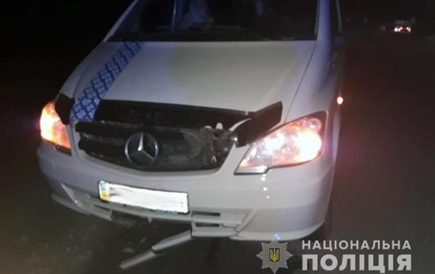 В Житомирской области два микроавтобуса сбили пенсионера