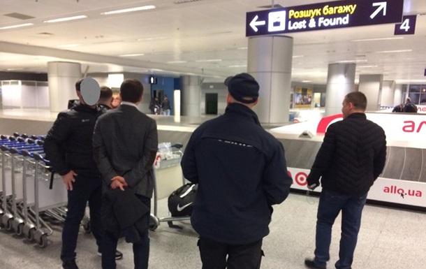 Швейцарія видала Україні підозрюваного в шахрайстві на 800 млн гривень