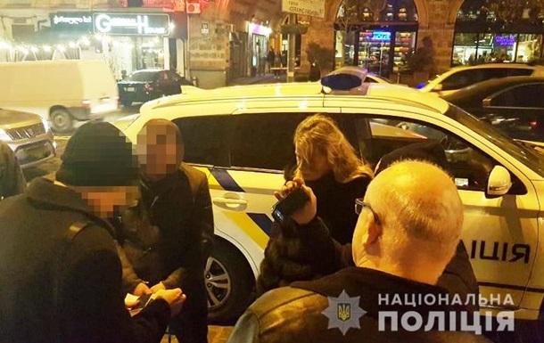 В Киеве у посетителя ресторана украли более 100 тысяч гривен