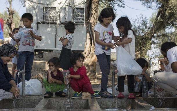 Рада Європи: Тисячі біженців у Греції проживають в умовах антисанітарії