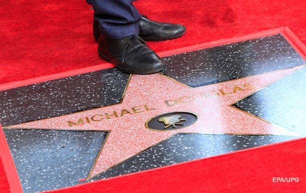 Майкл Дуглас отримав зірку на Алеї слави