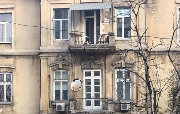 В Одессе обрушился балкон вместе с хозяином