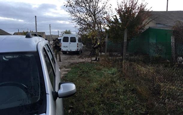 Обшуки в Криму: затриманого кримського татарина відпустили
