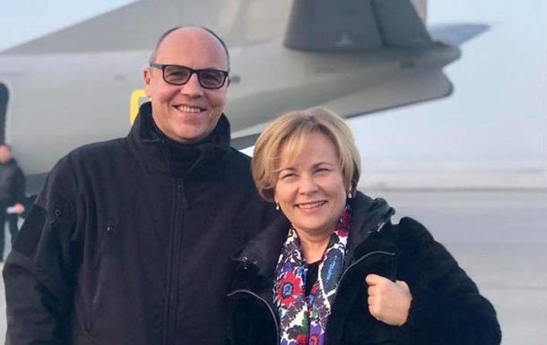 Парубий и президент ПА НАТО поехали на Донбасс