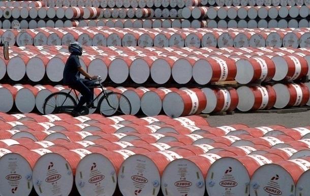 Ціна на нафту впала до мінімуму за півроку