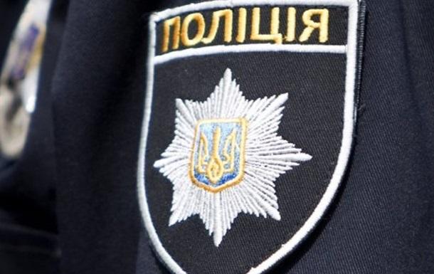 В Киеве мужчина укусил полицейского