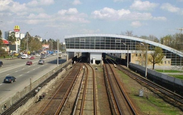 У Києві станція метро Дарниця відновила роботу
