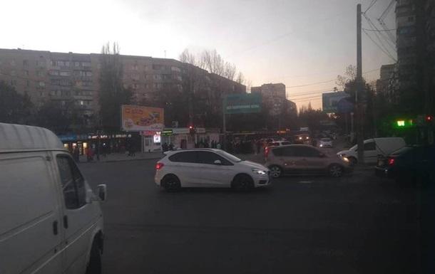 Одесситы перекрыли дорогу из-за отсутствия отопления
