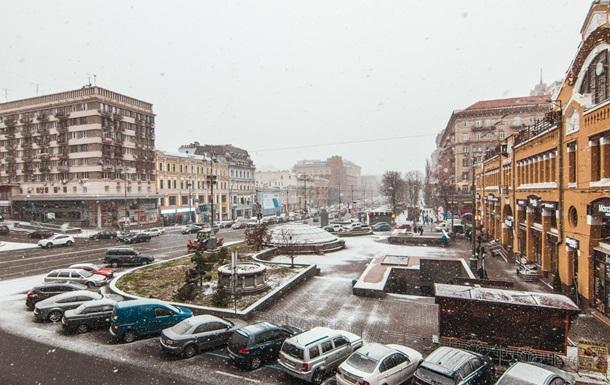 У Києві пішов перший сніг