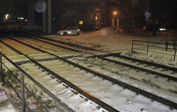 У Києві потяг на смерть збив чоловіка